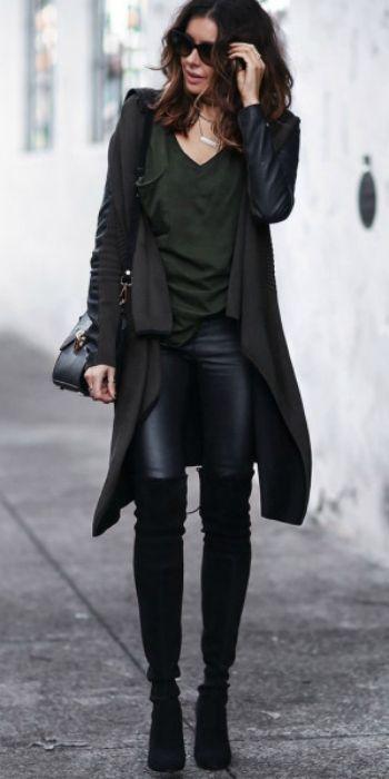 Ein schwarzer langer Cardigan mit verschiedenen Längen sieht toll aus mit einem rein schwarz klassischem Look! #allblack #blackcardigan | Stylefeed