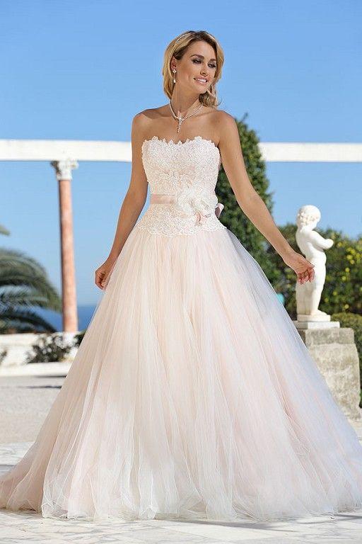 416027 ladybird trouwjurk romantische lichtroze trouwjurk met wijde tule rok