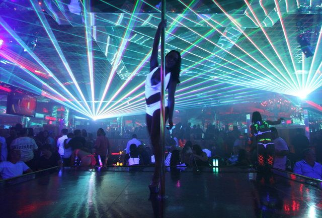The Best Strip Clubs In Las Vegas Party At Tequila Rose