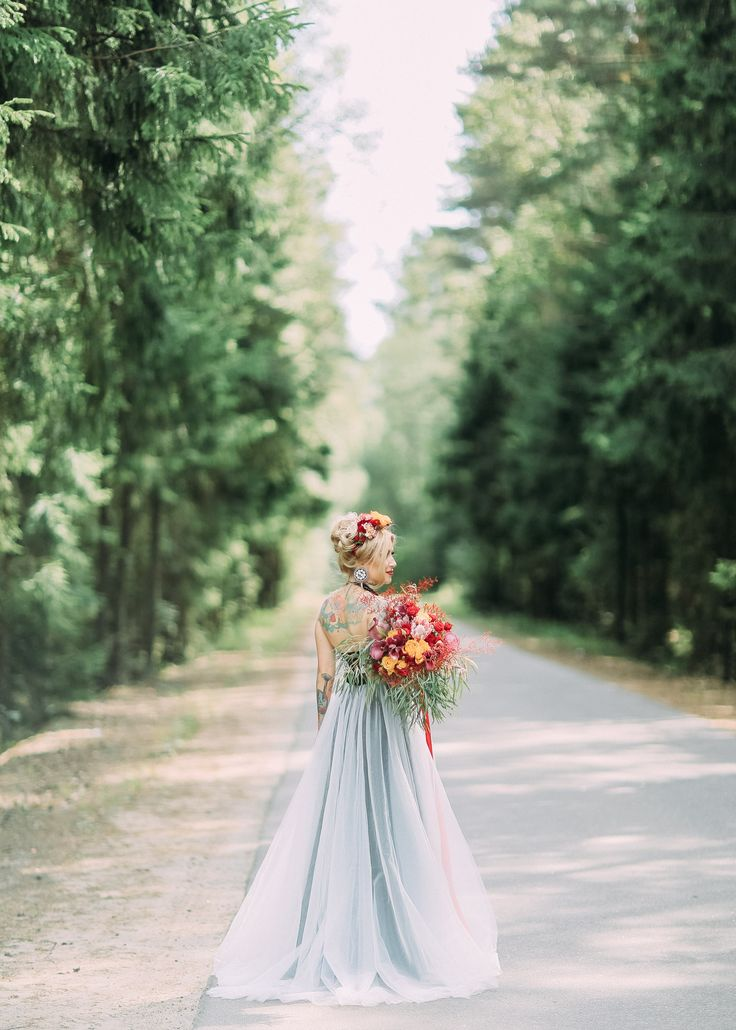 Floristic wedding bouquet by Polina Vaschenko. Saint Petersburg. Photo by Anna Makarova