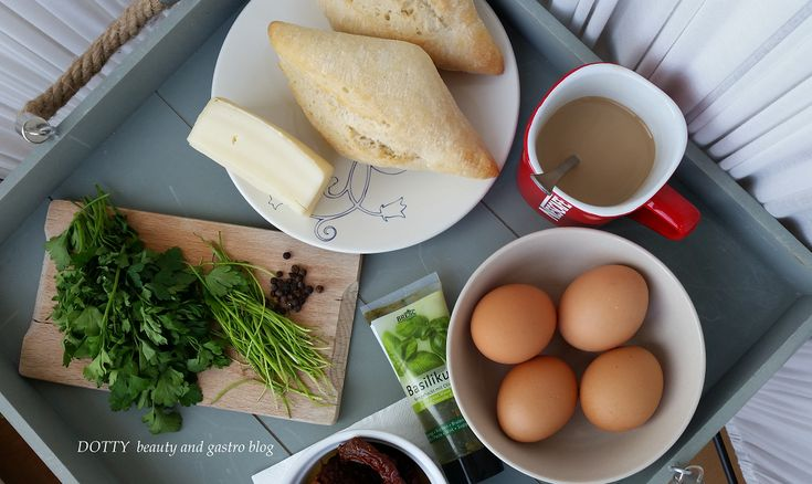 Szárított paradicsomos sült tojás Reggeli gyors - 1.