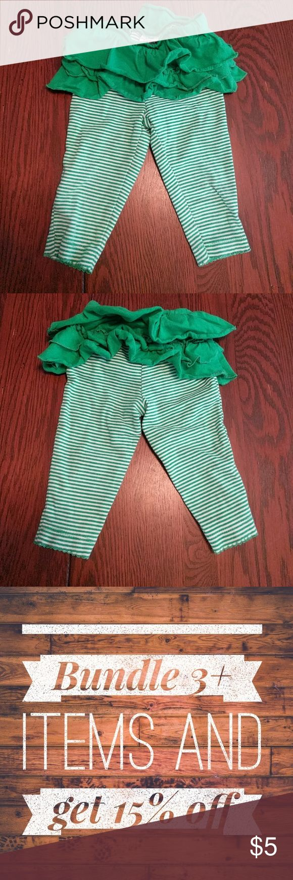 Carter's Leggings 6 months These leggings are in great used condition, no stains rips or pulls. Perfect for St Patrick's Day or Christmas. From a smoke and pet free home. Carter's Bottoms Leggings