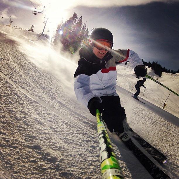 Aspen Wed Dec 05 2012