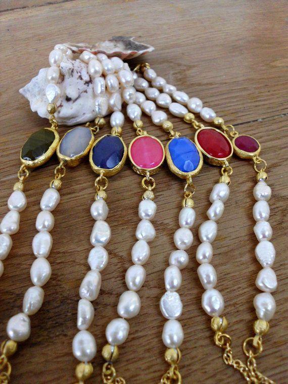 Freshwater pearl bracelet/Pearl bracelet/Gold by Theworldofjewelry