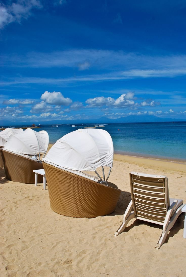 Relaxing in paradise.. chill out... #relaxing #paradise #cooldown #chillout #vacation #beach #travel #ocean .. See more.. https://www.facebook.com/media/set/?set=a.509491162487686.1073741832.124222654347874&type=3