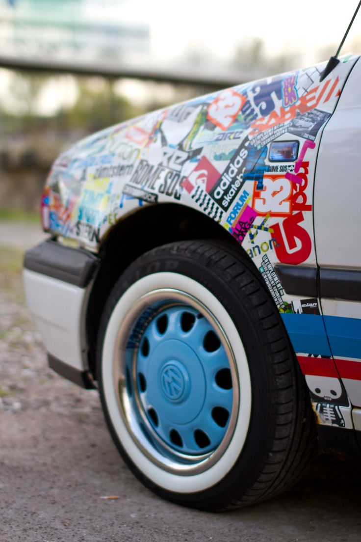 Stickerbomb inspiratie http www carstyleshop nl carrosserie car wrapping stickerbomb diy car styling pinterest sticker bomb volkswagen and cars