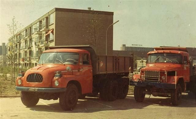 TATRA  T138, 6X6,(LEFT) FROM 1965  V-8, AIR- COOLED,  190 HP