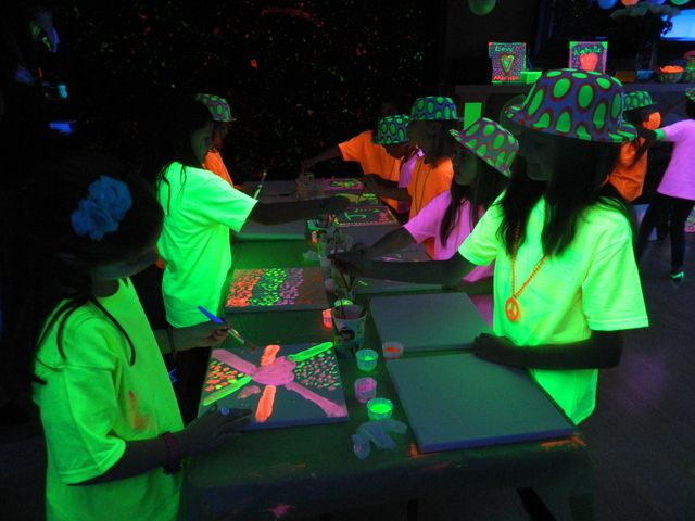 Neon glow party #neon #party