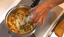 Saito's Family Curry Udon | recipes | Dining with the Chef | Japan Broadcasting Corporation