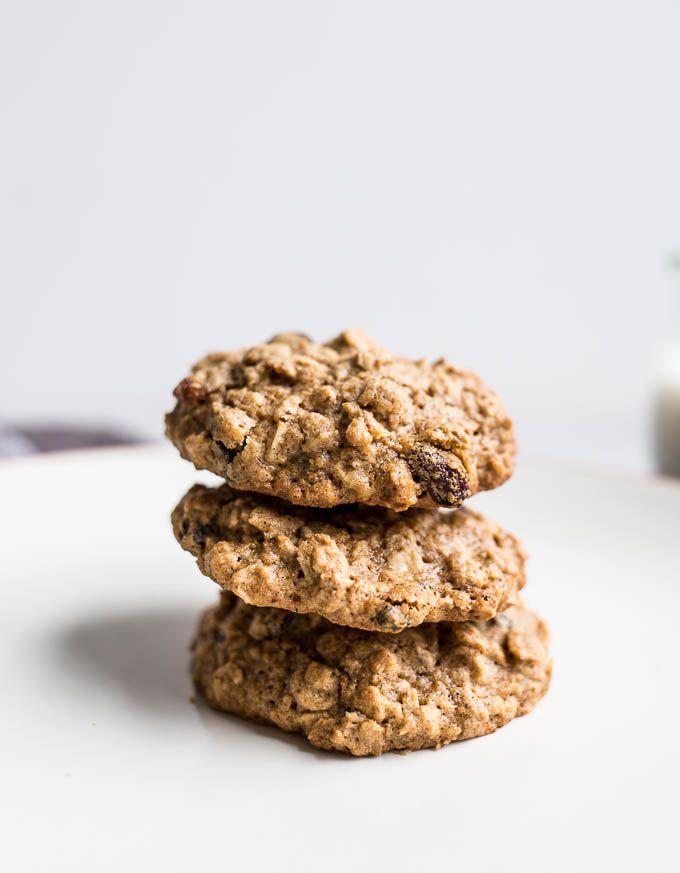 Gluten-Free Oatmeal Raisin Cookies (dairy-free, refined sugar-free) | saltedplains.com