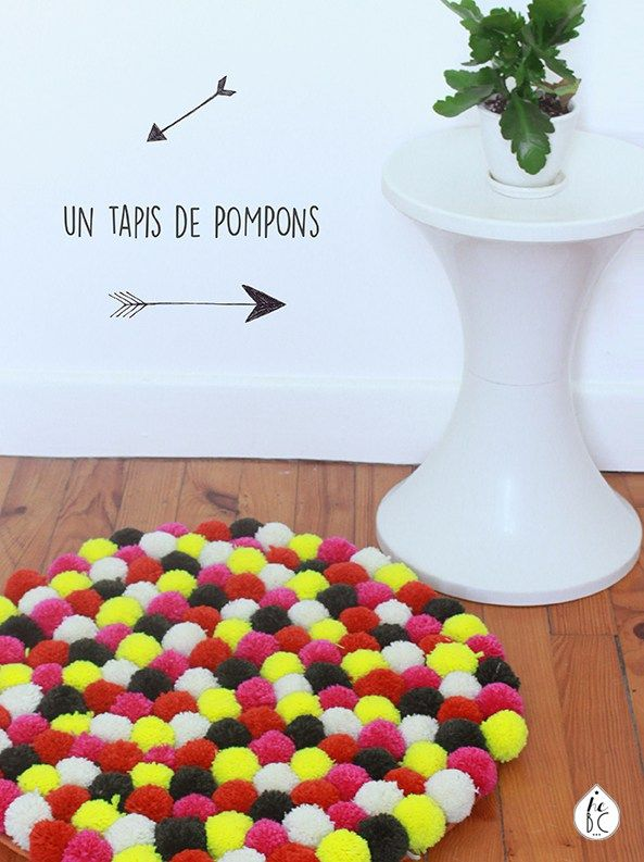 les 25 meilleures id es de la cat gorie tapis pompon sur pinterest tapis avec pompon faire un. Black Bedroom Furniture Sets. Home Design Ideas