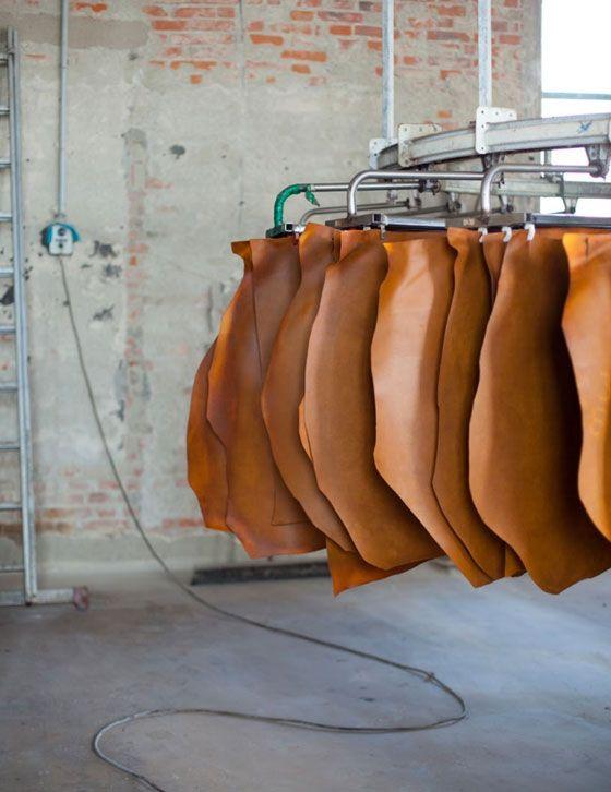 Leder, vegatable leder, leather, vegatable leather, vege leather, naturel , plantaardig leder