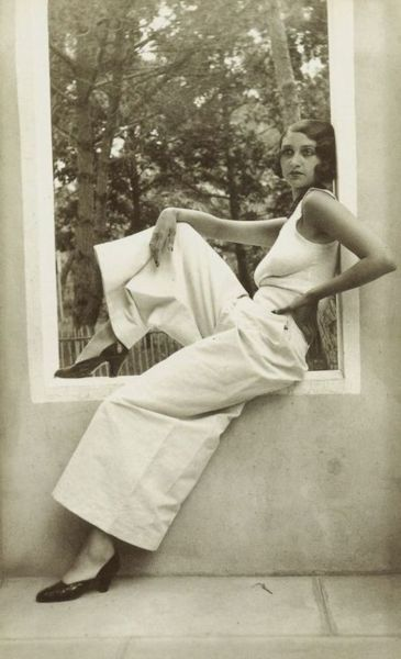 Jacques-Henri Lartigue - Renée Juan-les-Pins, May 1930: French Living, Vintage Wardrobes, Jacques Henry Lartigu, Palazzo Pants, Style Inspiration, Marcel Waves, French Country Home, Vintage Beautiful, Jeans Harlow