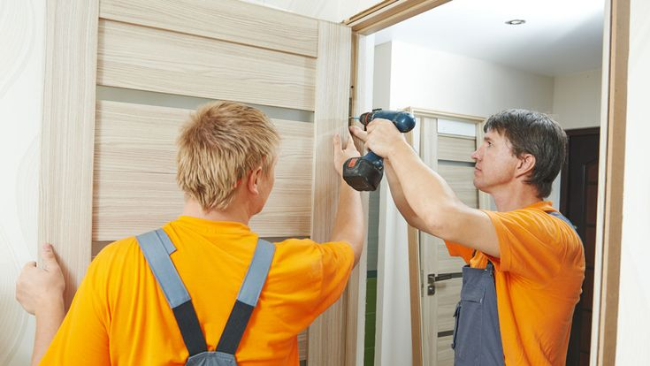 How to hang a door - a DIY guide to all aspects of hanging a door including fitting a door into a door frame and fitting door hinges with a standard sizing chart for internal doors