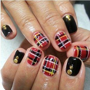 Tartan & black combination. Trendy nail polish. Fall & Winter 2013