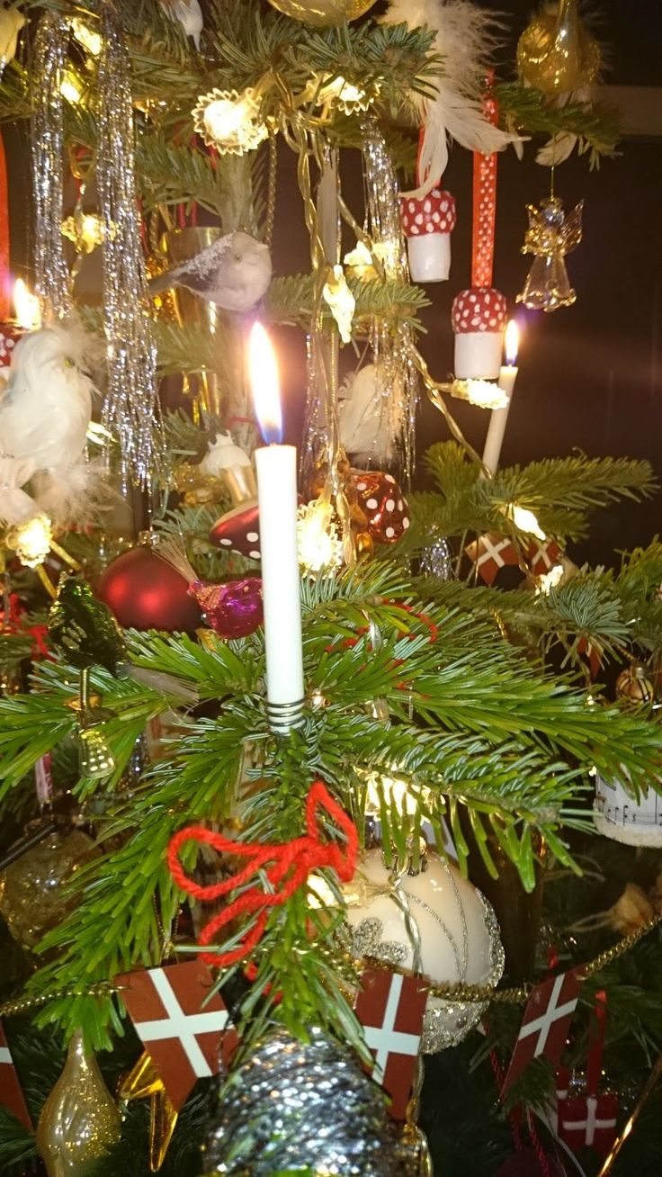 Christmas candles wonderful christmas candle decoration ideas - En Verden Af Kunst December 2014 Original Christmas Tree Candle Holders And Special Candles Available
