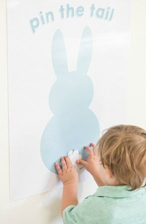 FREE PRINTABLE! This Pin the Tail on the Bunny Game is a great Easter activity to keep kids busy!