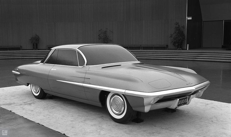 """1959 Pontiac """"El Tigre"""" - XP-92   Full-size clay model on display for a review in the GM Design Dome"""