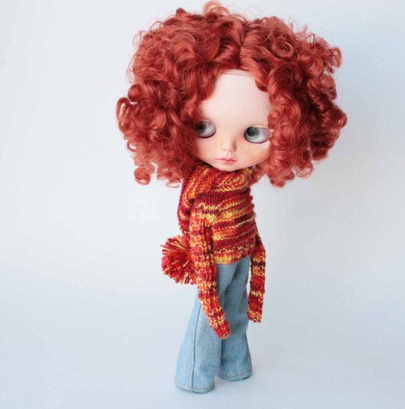 Blythe sweater, Orange sweater, Blythe long sleeve sweater with hood and pompom,  Hand knitted blythe outfit,  Autumn doll knitted clothes