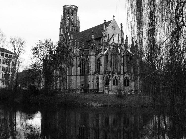 #gothic #architecture #haunting