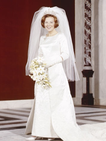 Queen Beatrix on her wedding day-1966 - Dress like a princess...Dress modestly.