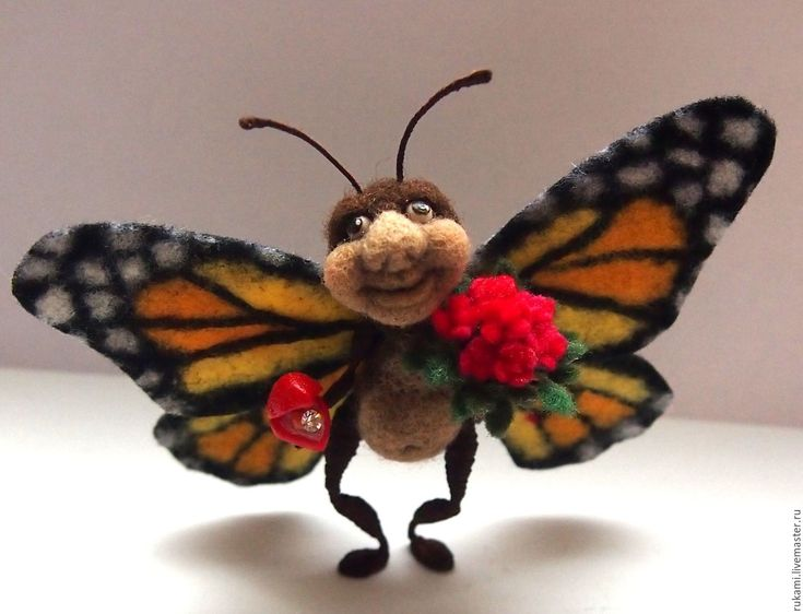 """Купить Миниатюра из шерсти """"Настоящий МУЖЧИНА"""" - букашка, бабочка, валянная игрушка, игрушка из шерсти, крылья"""
