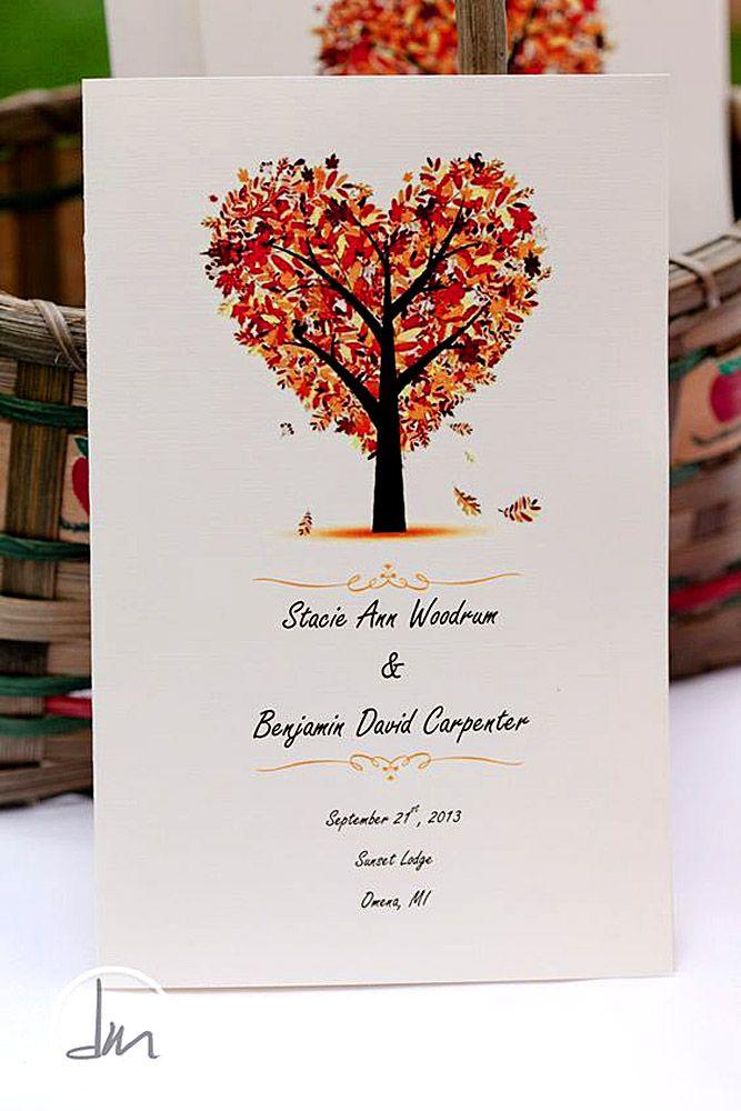 Herfst trouwkaart  ❤ See more: http://www.weddingforward.com/fall-wedding-invitations/ #wedding #invitations