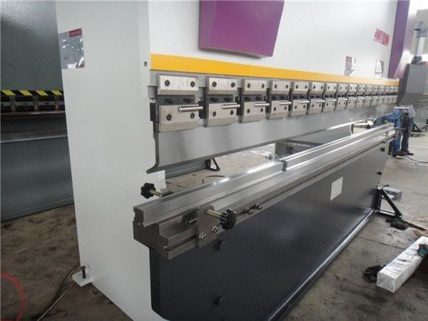 WC67K-160×3200 full cnc press brake with multi-axis control for metal sheet in Pakistan  Image of WC67K-160x3200 full cnc press brake with multi-axis control for metal sheet in Pakistan Quick Details:  https://www.hacmpress.com/pressbrake/wc67k-160x3200-full-cnc-press-brake-with-multi-axis-control-for-metal-sheet-in-pakistan.html