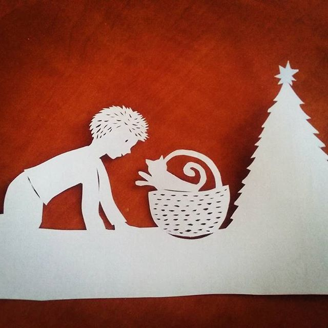#papercutting #workinprogress #paperartbyanni #christmas
