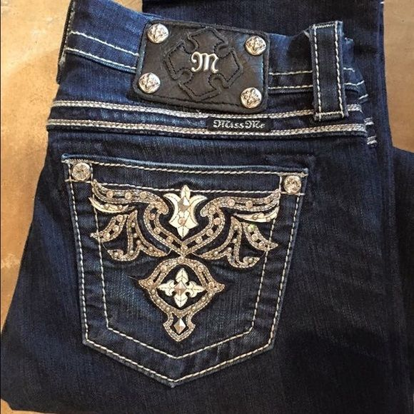 Miss Me Skinny Jeans Miss Me Skinny Jeans Size 27 Perfect condition - worn MAYBE twice Miss Me Jeans Skinny