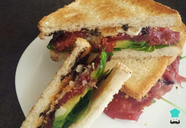 Receta de Sándwich de carpaccio - Sándwiches fríos gourmet