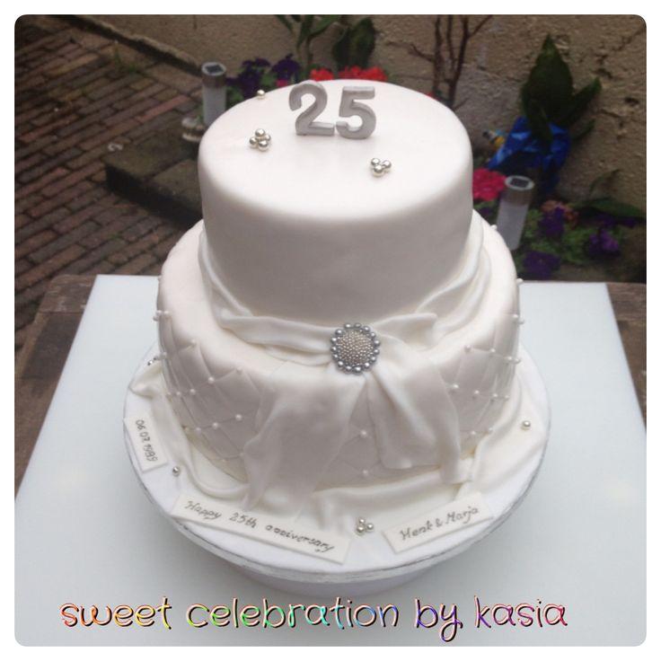 Wedding anniversary cake Sweet Celebration