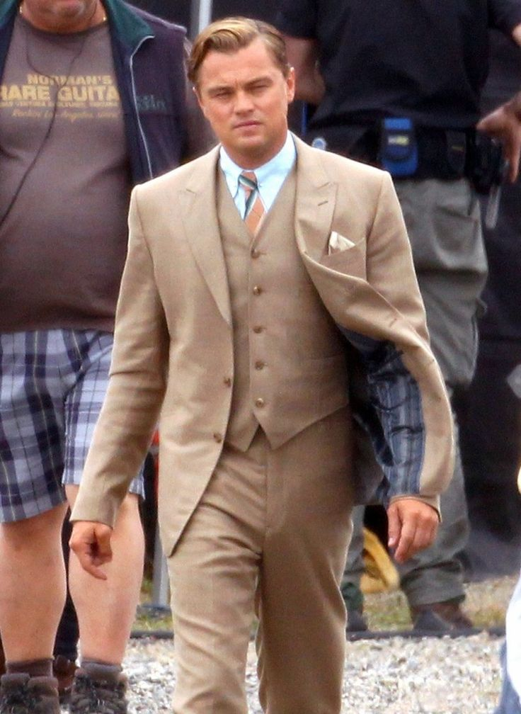 http://www.celebsclothing.com/products/The-Great-Gatsby-Leonardo-Dicaprio-Brown-Suit.html  Leonardo Dicaprio The Great Gatsby Brown Suit