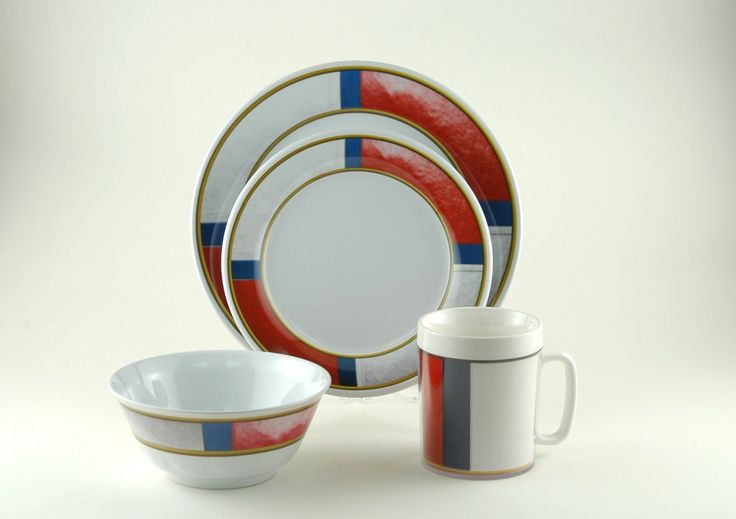 Decorated Life Preserver 24 Piece Dinnerware Gift Set