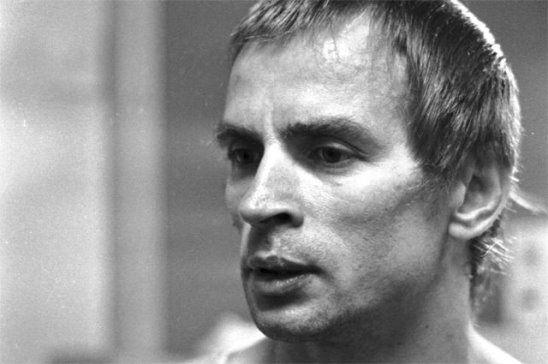 Рудольф Нуриев http://to-name.ru/biography/rudolf-nuriev.htm