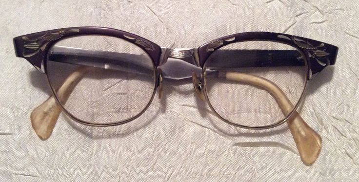 Vintage Women's Etched Mad Men Era Pair of 1960s Cat Eye Prescription Bifocal Eyeglasses - pinned by pin4etsy.com