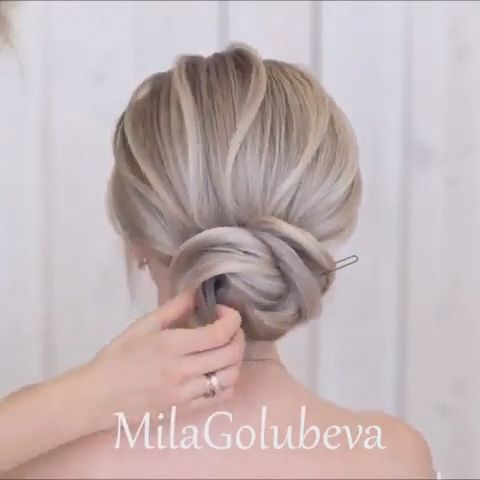 Do you wanna learn how to styling your own hair? Well, just visit our web site to seeing more amazing video tutorials! #hairtutorials #hairvideo #vide…