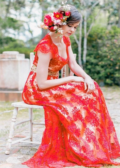Custom Claire Pettibone 'Brigitte' gown in red re-embroidered lace w/ gold silk lining & belt | Photo: Kelly Sauer via the Elizabeth Messina 'A Lovely Workshop'  | Floral: Amy Osaba