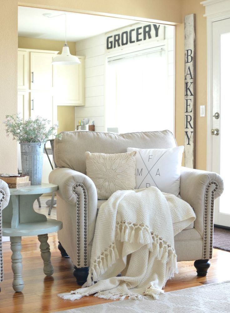 Refreshed Modern Farmhouse Living Room. Great ideas to decorate for late winter and early spring.