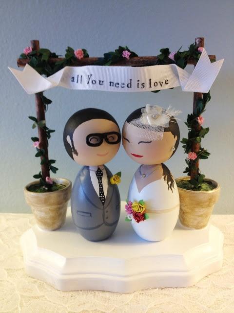 DSMeeBee: Hipster Bride and Groom Wedding Cake Toppers