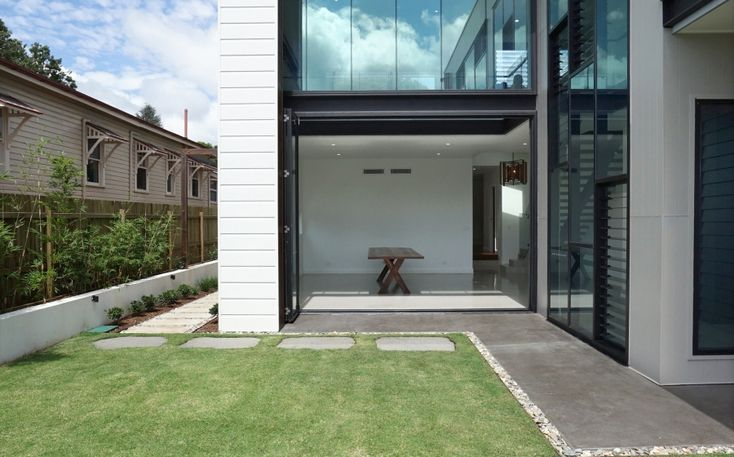 Sleek summer dream home | Scyon Wall Cladding And Floors