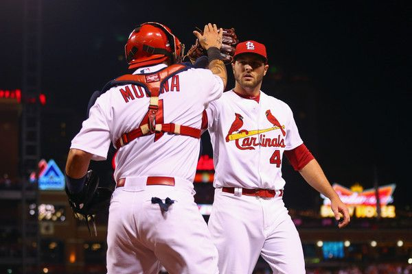 Yadier Molina Photos: Division Series - Chicago Cubs v St Louis Cardinals - Game One