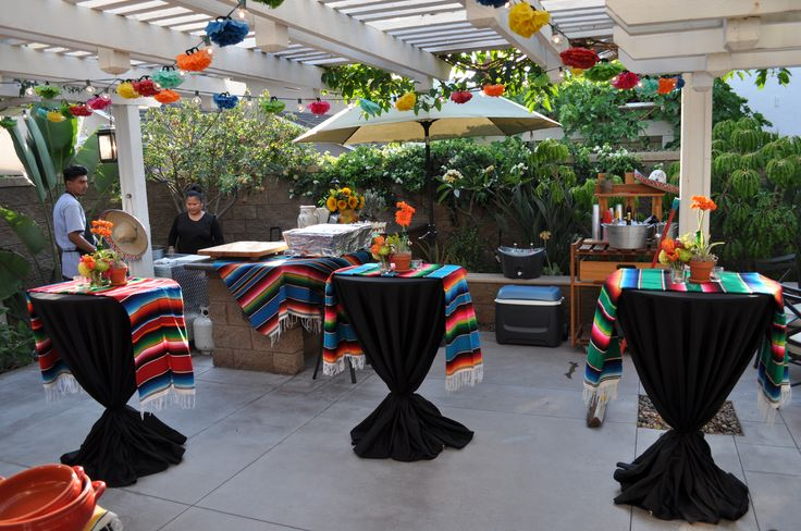 Brian's 50th Fiesta! (With images) | Table decorations ...
