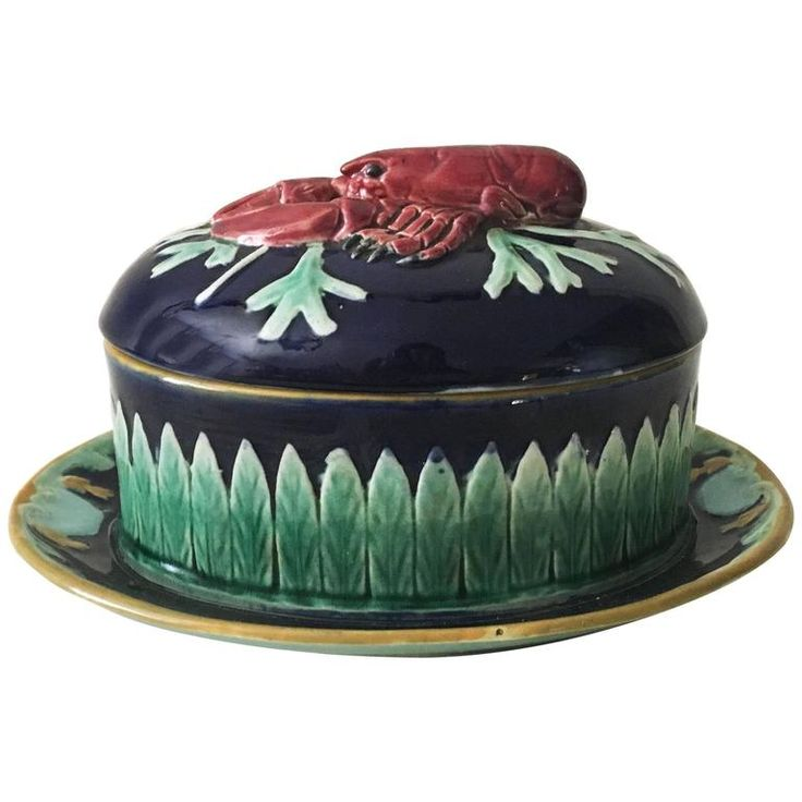 19th English Majolica Lobster Tureen, Joseph Holdcroft | From a unique collection of antique and modern serving pieces at https://www.1stdibs.com/furniture/dining-entertaining/serving-pieces/