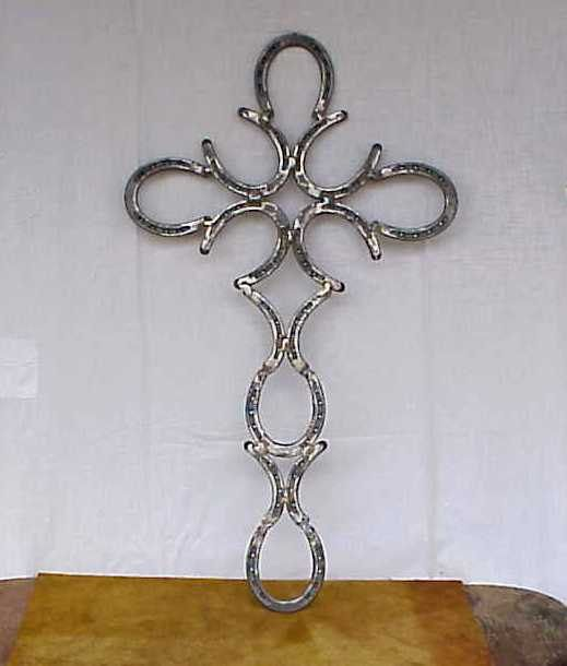 Hand forged horseshoe fancy cross cool ideas crafts i am for Cool things made out of horseshoes