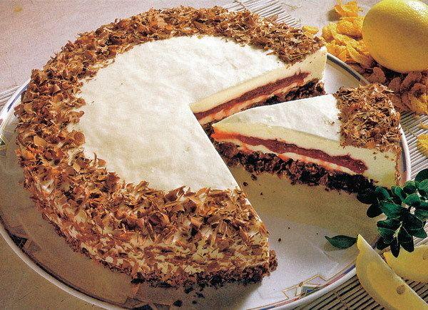 Fantastický dort se smetanou a ostružinami