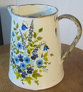 VINTAGE PAINTED ENAMEL JUG PITCHER HAND PAINTED FLORAL BOUQUET VERY SHABBY-CHIC! | eBay