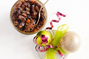 Simple Christmas fruit mince recipe, NZ Woman's Weekly – Ready in 15 minutes, plus  maturing time in fridgeThe best way to make this fruit mince is to buy the exact quantities below in the bulk bins at the supermarket using their scales to get exactly what – foodhub.co.nz