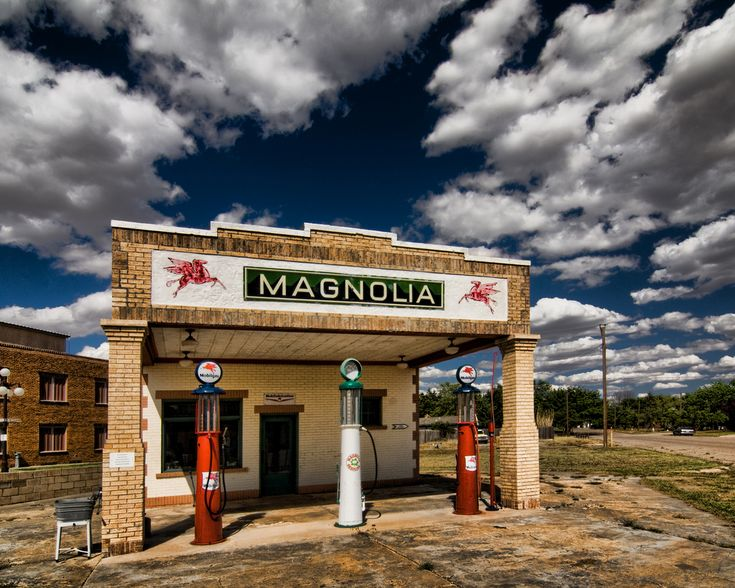 Shamrock, Texas just  off Route 66.  A very nicely re-done Magnolia Station.  Credit Robby Virus for alerting me to this one.
