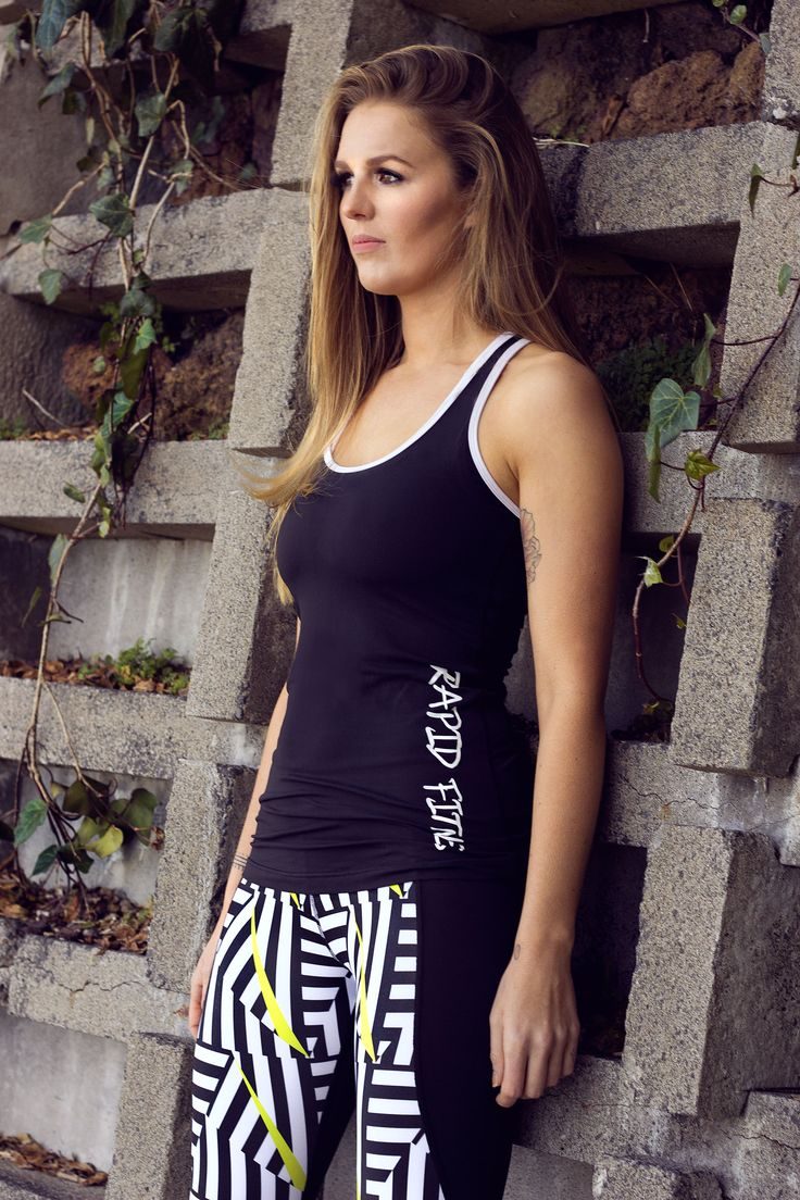 Sam looking in beautiful in Rapid Fitness Gear.   http://shop.rapidreset.co.nz/collections/rapid-fitness-gear